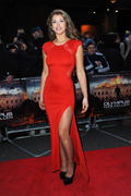 http://img31.imagevenue.com/loc596/th_376437843_AmyWillerton_olympus_has_fallen_uk_prem_016_122_596lo.jpg