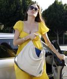 Angelina Jolie Nice cleavage Foto 358 (Анджелина Джоли Nice расщепление Фото 358)